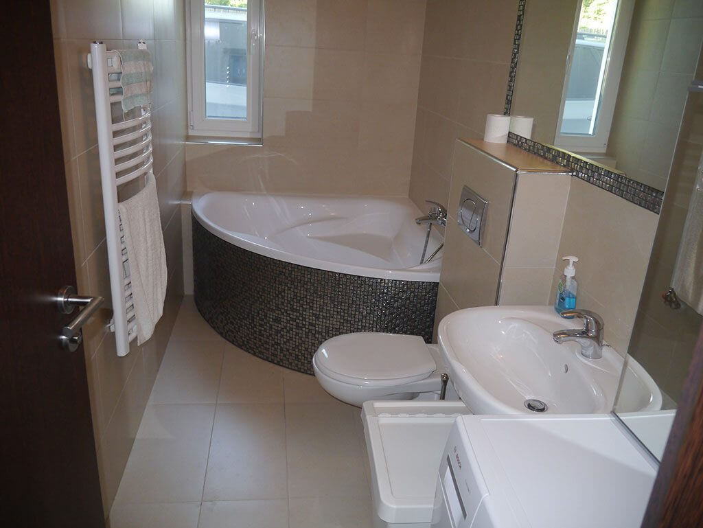 Balatonkenese fürdőszobe, új építésű lakás, új lakás