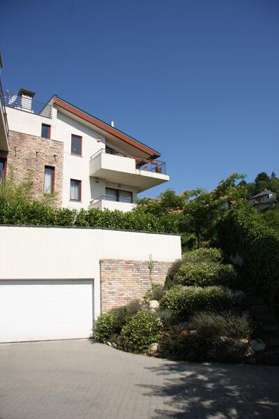 Virág Benedek u. 15 #03 garázs, új építésű lakás, eladó lakás, új lakás